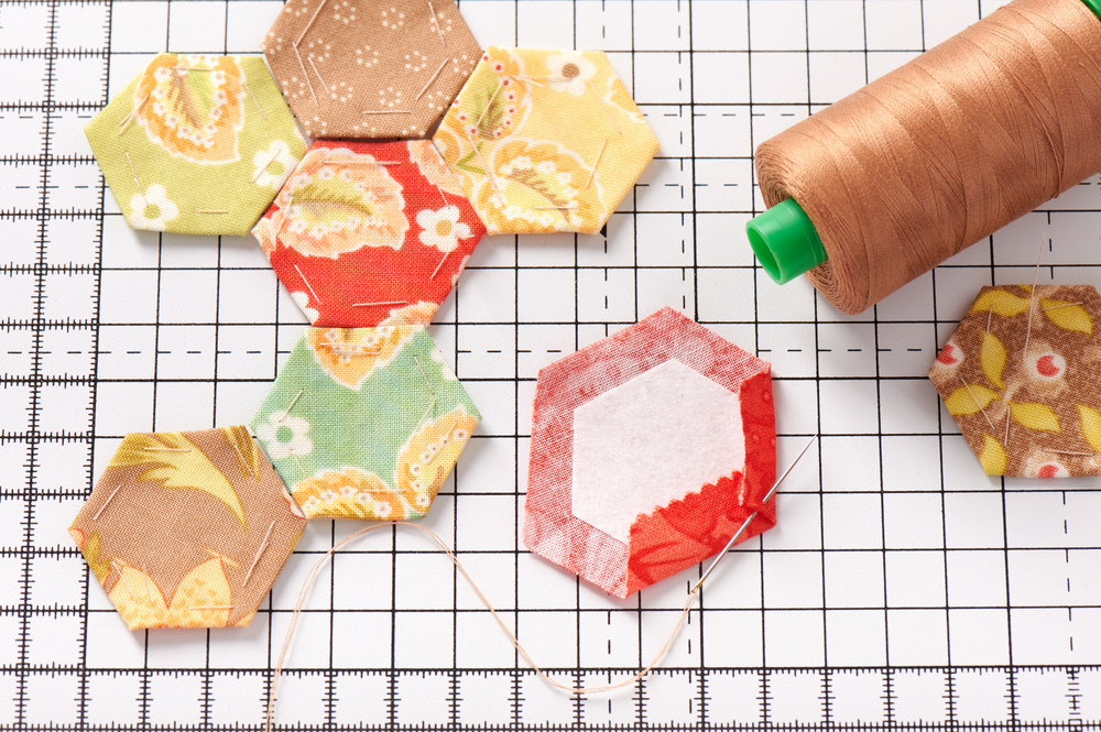 LESSON 04: PAPER PIECING