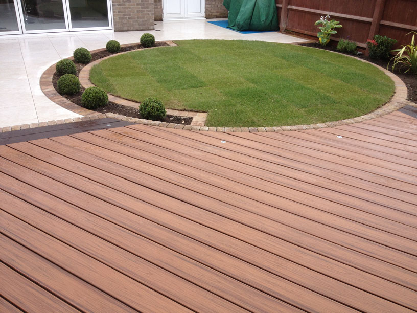 Decking & Woodwork Teesside 2.jpg