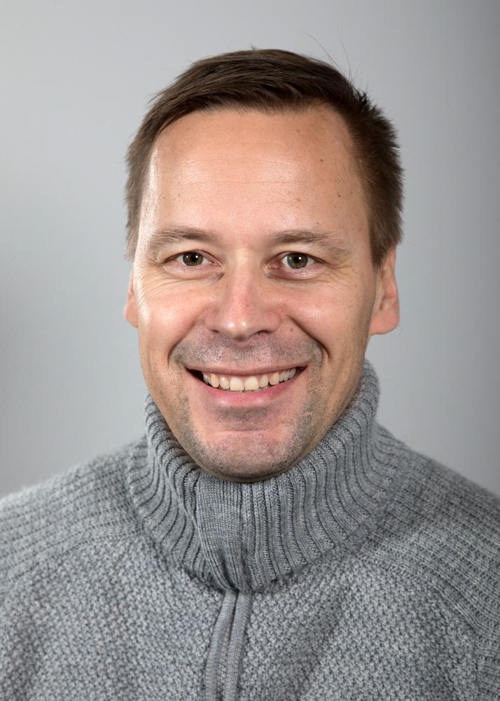 Ismo Autio - Har jobbet på KNA sidenMedlem av Norsk MassasjeforeningUtdanning: