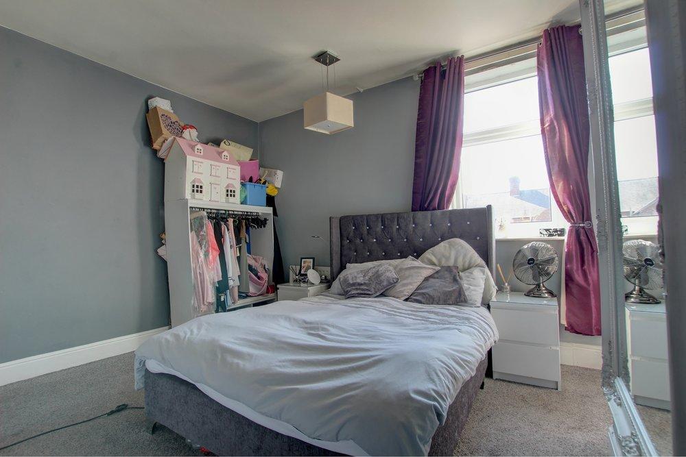 9 bedroom.jpg