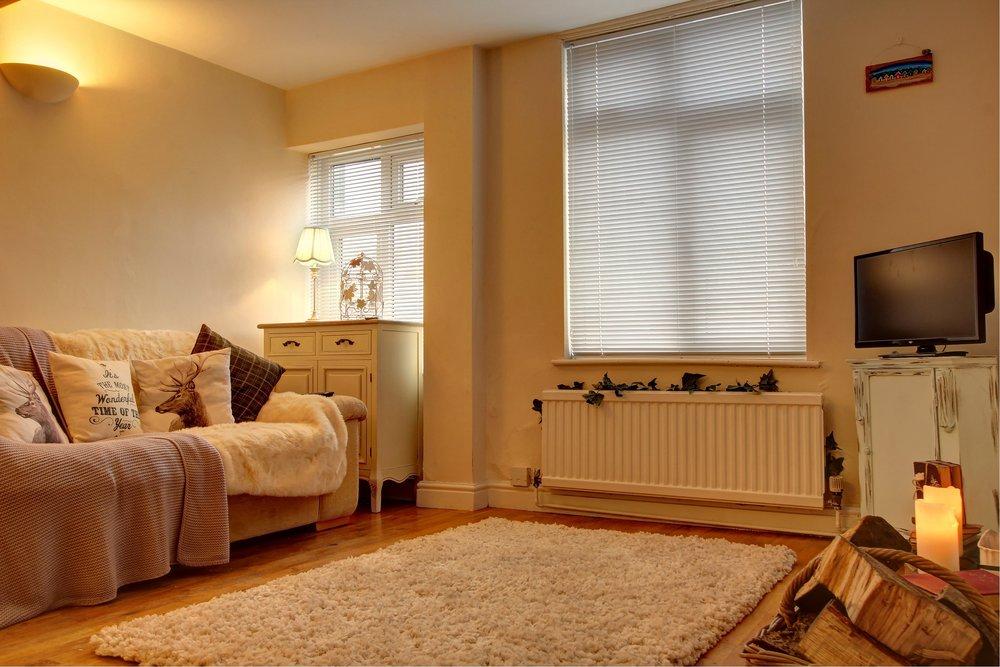 6 living room lights on.jpg