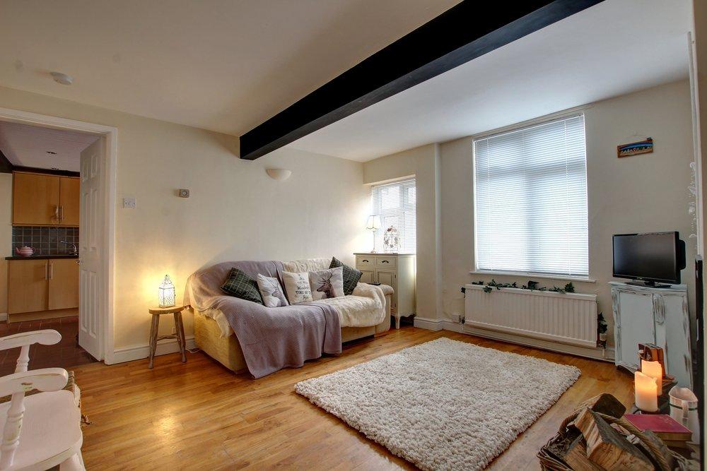 9 lving room.jpg