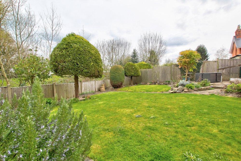24 garden.jpg