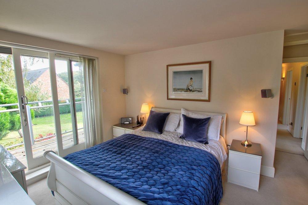 31 master bedroom ii.jpg