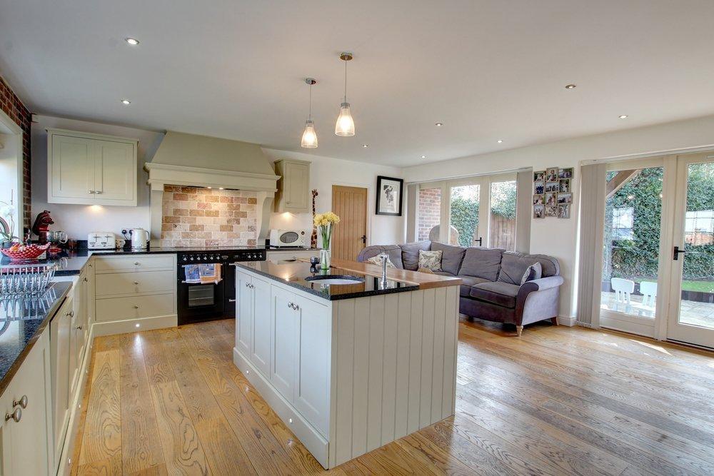 19 kitchen family room.jpg