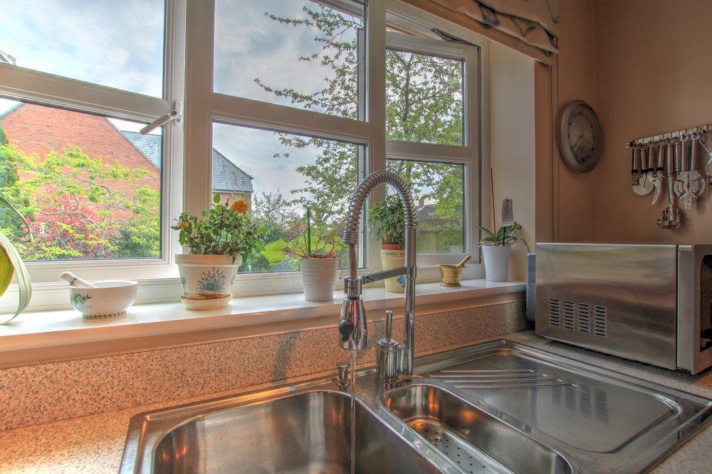 6 kitchen sink lifestyle.jpg