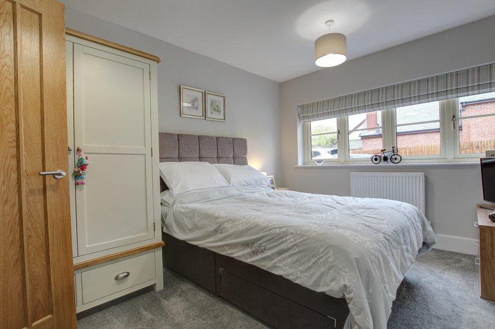 12 Annexe Bedroom One.jpg