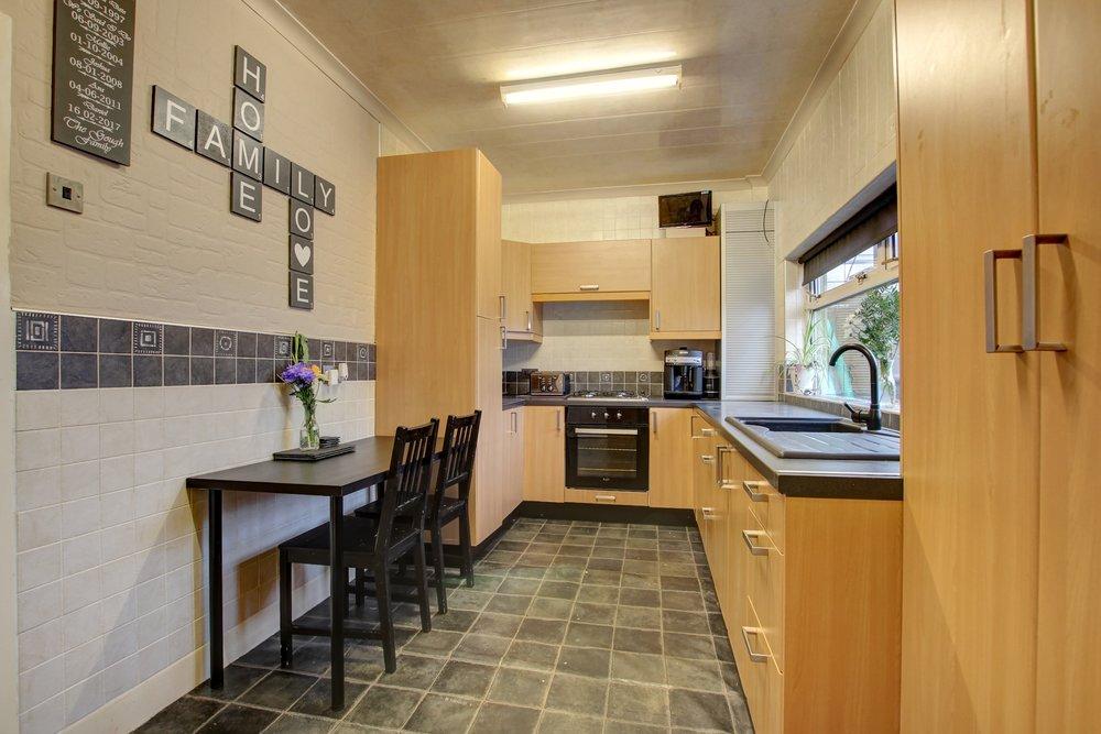 3 kitchen diner.jpg