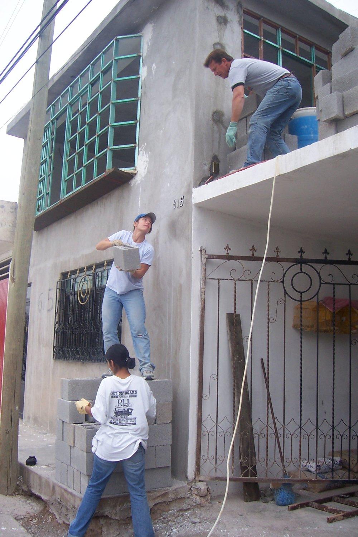 Claudia Home 2005 (6).JPG