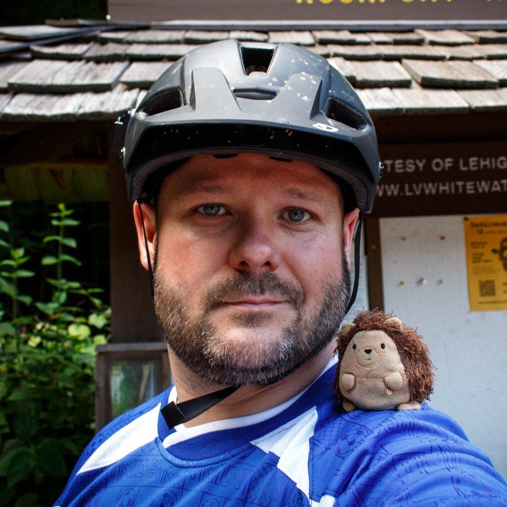 Sean Sosik-Hamor — Photographer and Graphic Designer — Mountain Biking with Chippoke