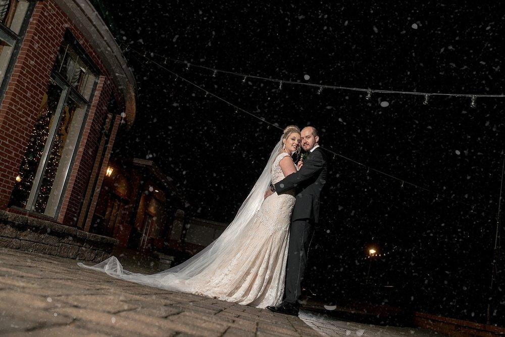 Benvenue-Country-CLub-WeddingPhotogrpaher-129.jpg