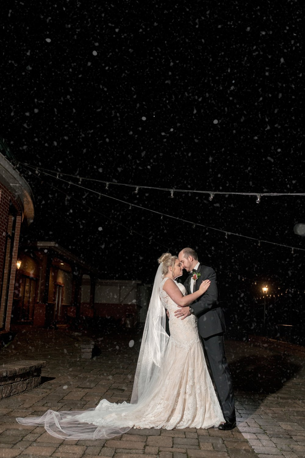 Benvenue-Country-CLub-WeddingPhotogrpaher-134.jpg