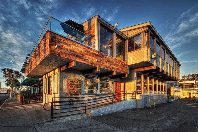 R10 Social House in Redondo Beach 🏖