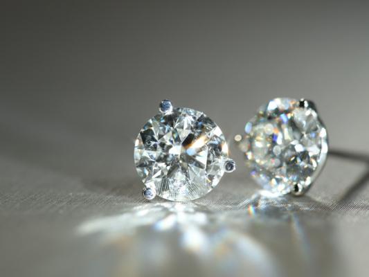 VanBrock-Jewelry-diamonds-o31gn6b9hn9xx63r400u5qu6czd0z4yismeixkymlc.jpg