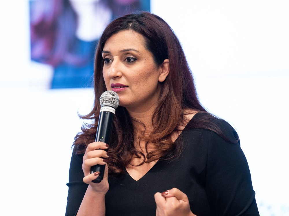 """Authentic Leadership, Diversity & Inclusion - How Authenticity Creates Resilient LeadershipIn our lives, workplaces, and communities, too often we find ourselves struggling to present a """"perfect"""" self, battling imposter syndrome, dismissing accomplishments, and walking around in a prison of judgment with others holding the key. Samra explores, however, that when we embrace our vulnerabilities and show up authentically, we foster genuine trust, real connections, and collective resilience. This unlocks new potential and helps us become remarkable leaders.How Inclusive Workplaces Can Help Change the Outcome1 in 3 women in North America suffer from abuse. 1 in 5 people in Canada experience mental health challenges. And, all of us will lose a loved one at some point. Yet, many of these issues still aren't spoken about openly at work. What can workplaces do to foster an environment where employees feel safe to show up authentically and ask for help without fear of judgment? By building inclusive, empathetic workplaces, we can create collective resilience where everyone wins."""