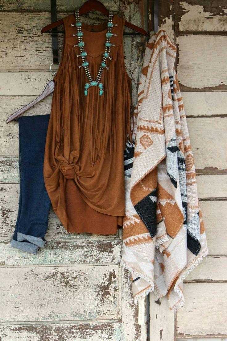 09d7f77523558e9d870e87cb7458ec48--boho-cowgirl-style-western-chic-boho-western-fashion.jpg