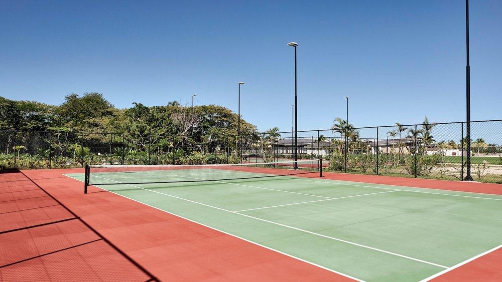 nanmc-tennis-0431-hor-wide.jpg