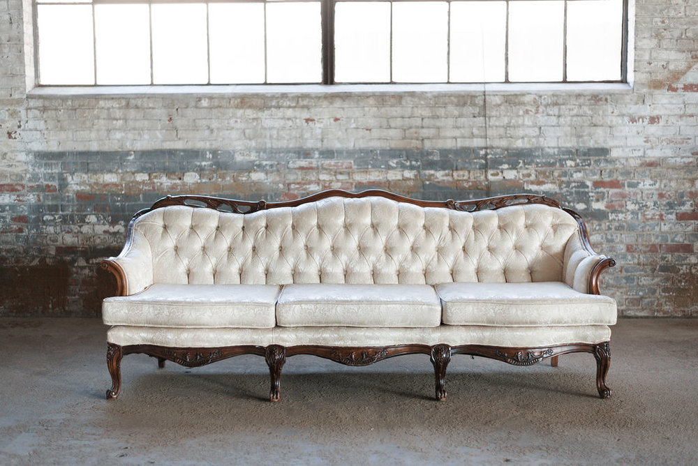 Ashleigh Sofa in Ivory Tuft