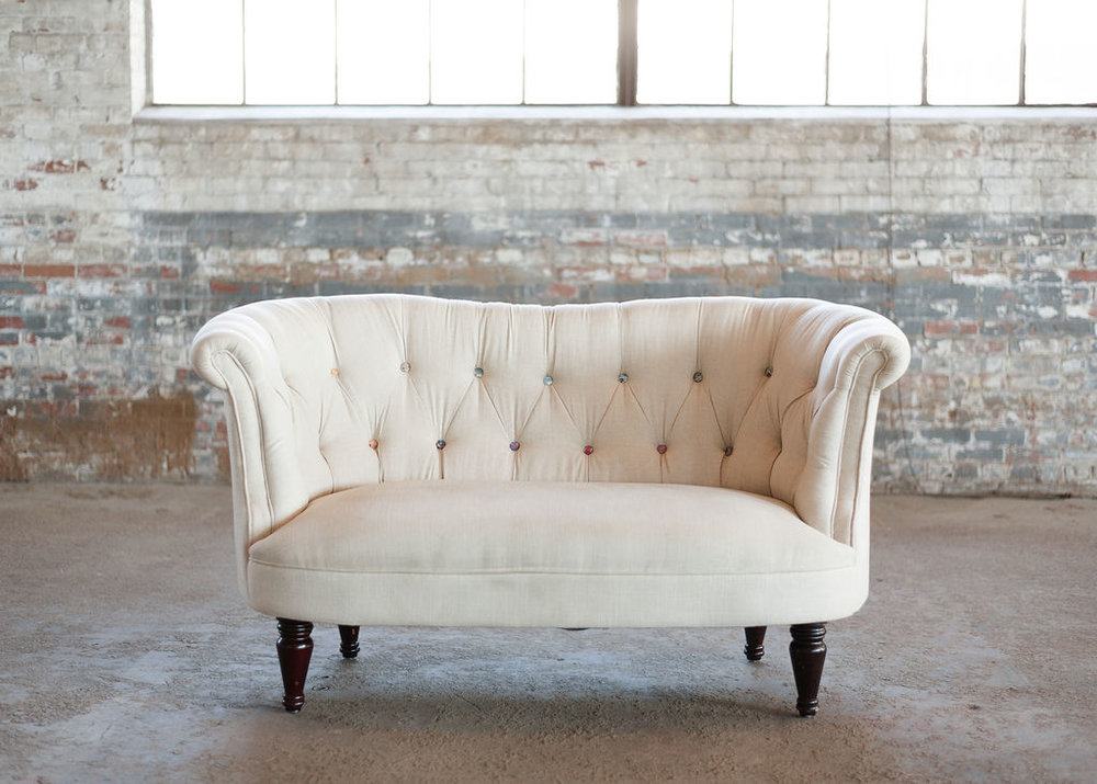 Frankie Loveseat in Ivory