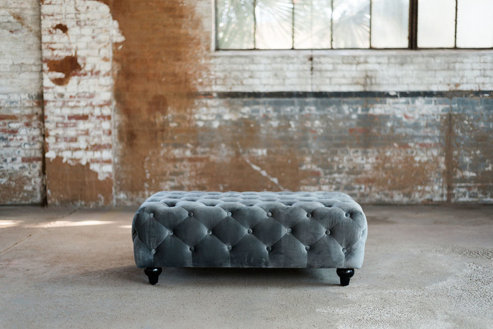 Greyson Chesterfield Ottoman in Grey Tuft Velvet