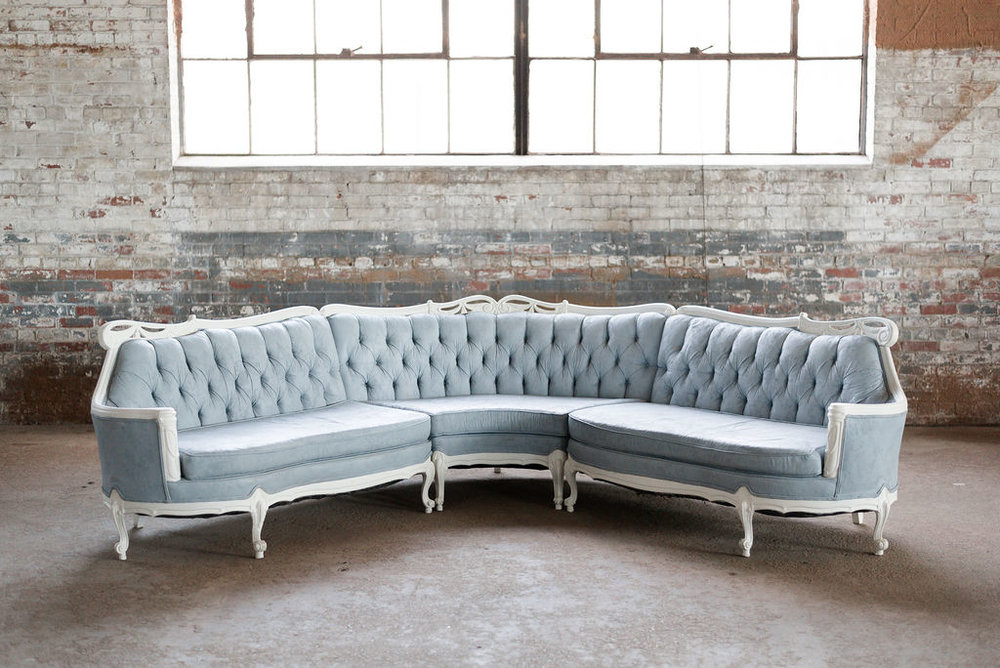 Waldo Sectional Sofa in Blue Grey Tuft