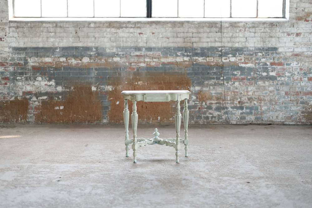 Dorothea Side Table in Green