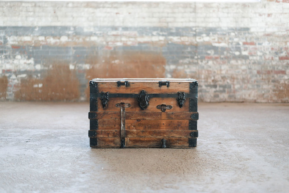 Wooden Pirate Treasure Chest - Trunk