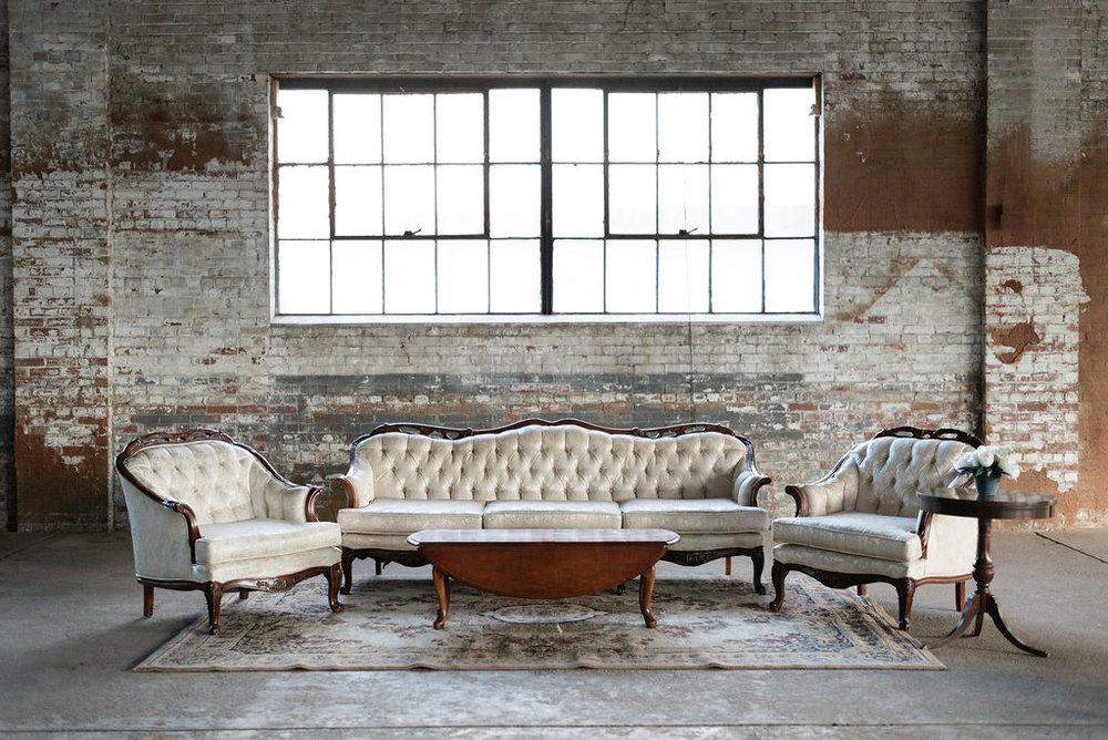 Ribault Lounge Group