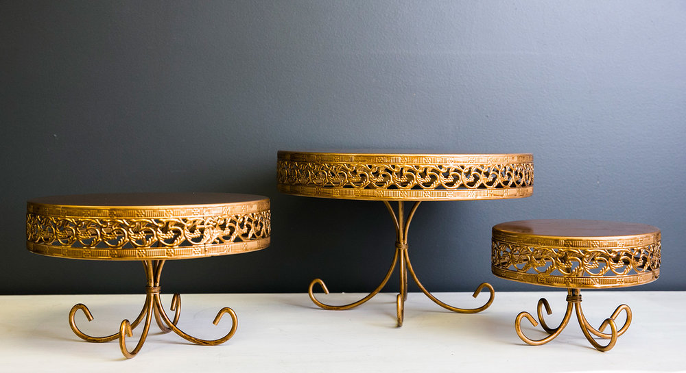 Anna Cake Plate Collection - Gold