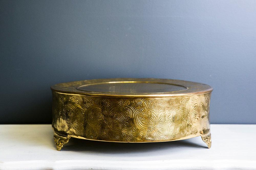 Elizabeth Cake Drum - Gold