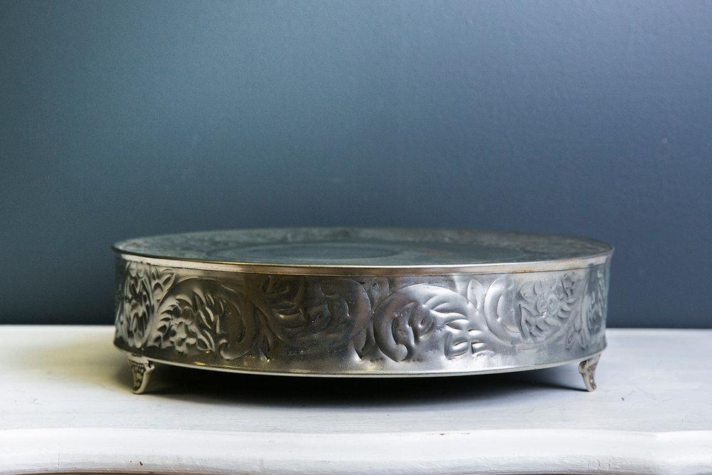 Elizabeth Cake Drum 13 inch - Silver