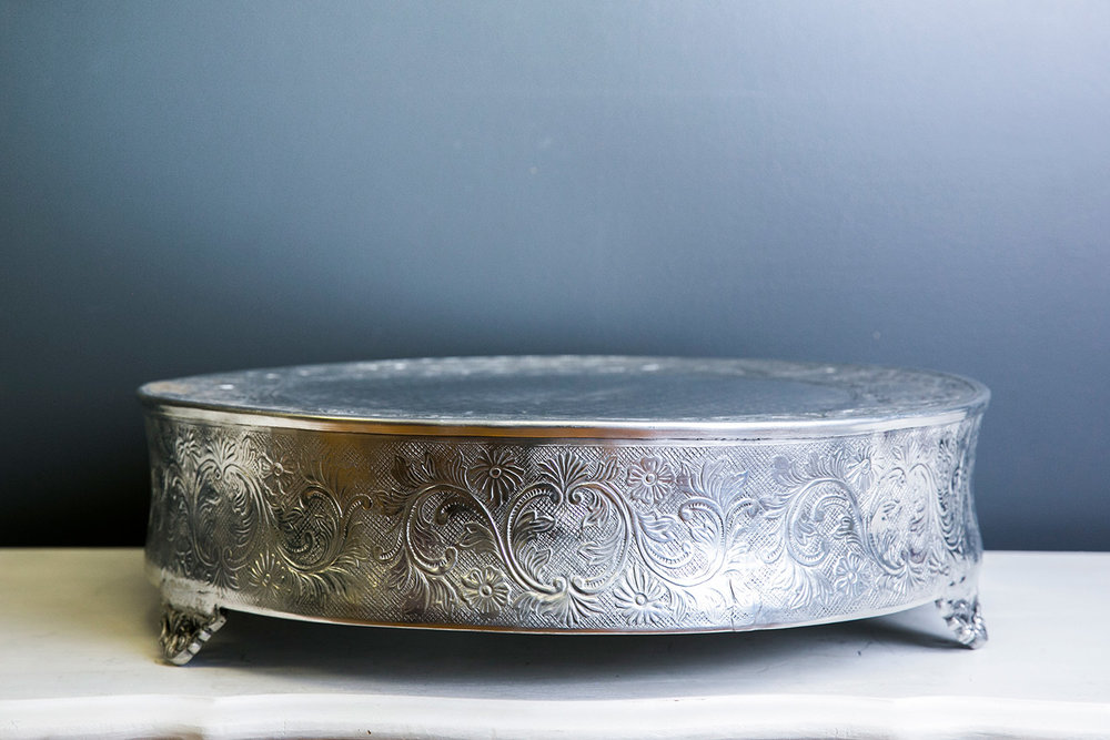 Elizabeth Cake Drum 18 inch - Silver