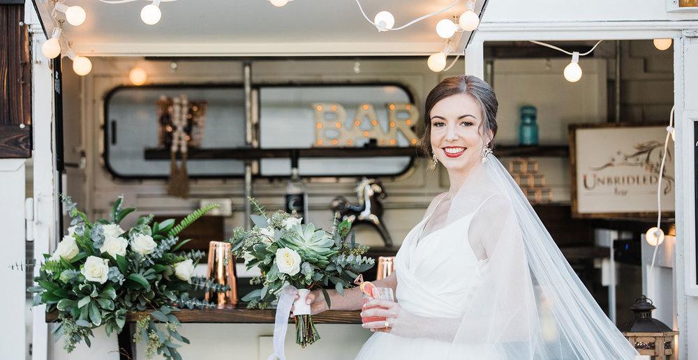 wedding-dcorations-mobile-wedding-bar-wedding-planning-jacksonville-florida.jpg