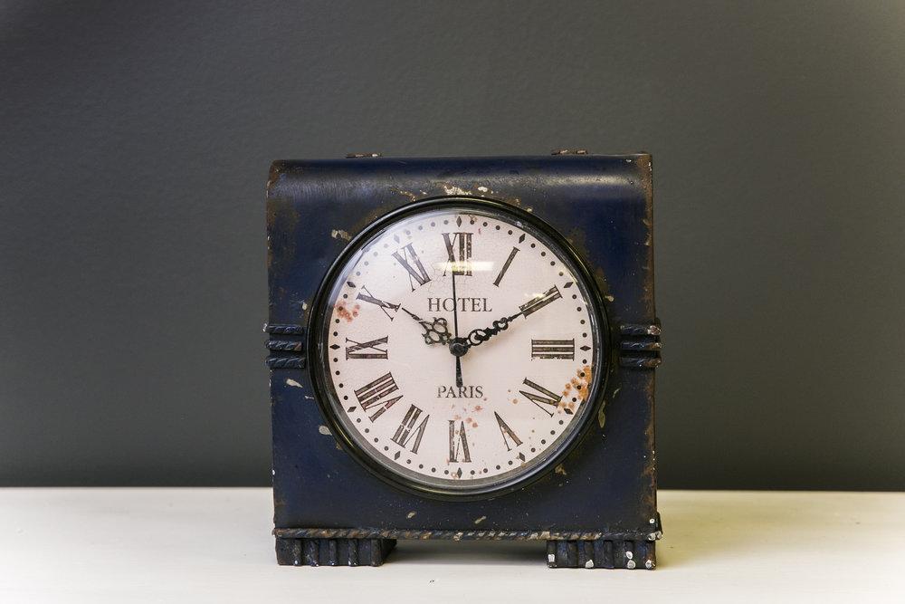 Vintage Box Clock