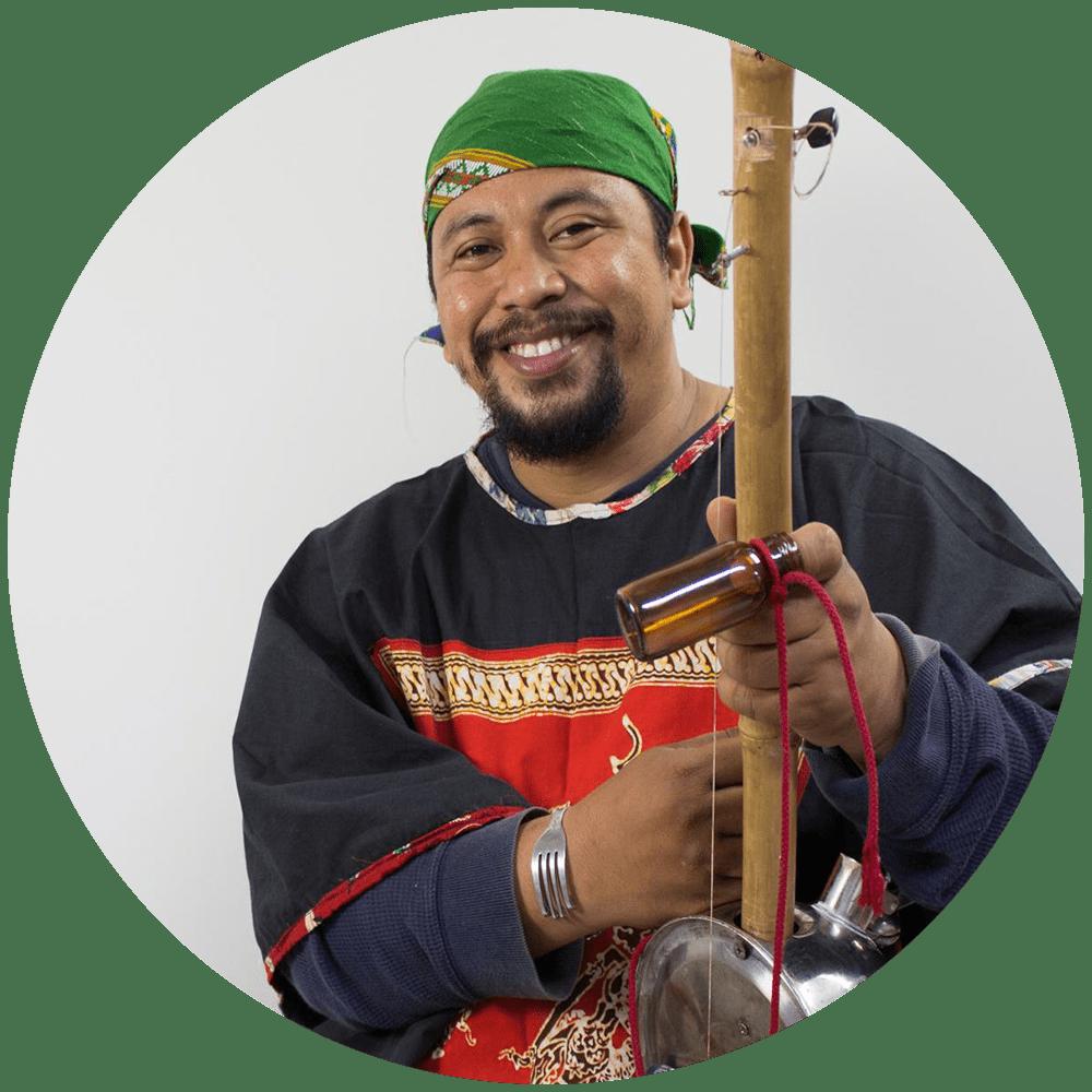 Noi Narciso  Music & Folklore Consultant