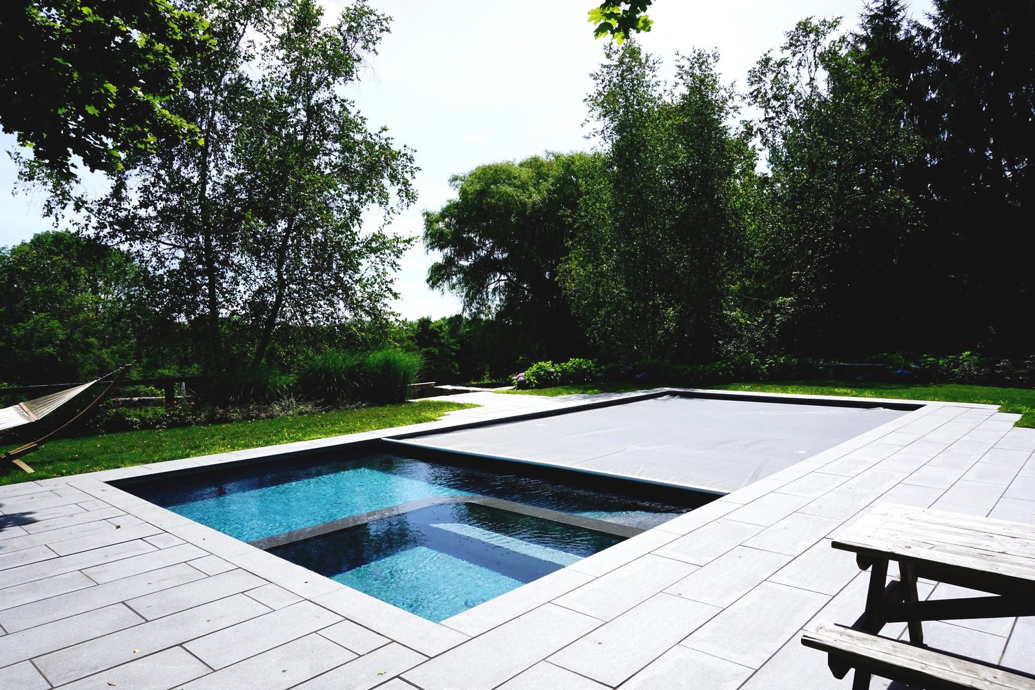 Pros & Cons of Automatic Pool Covers — Litchfield County Pools