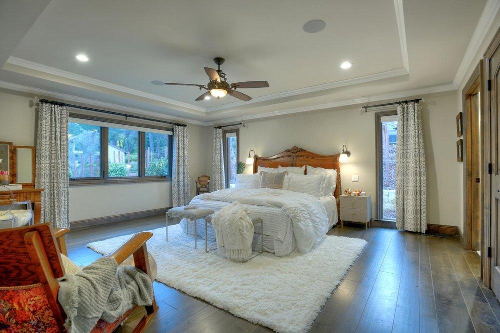 15977 Grandview Dr Monte-large-036-21-Jr Master Bedroom-1499x1000-72dpi.jpg