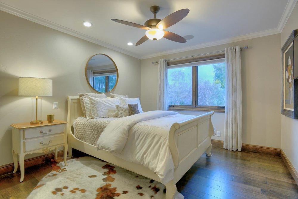 15977 Grandview Dr Monte-large-040-37-Bedroom Two-1499x1000-72dpi.jpg