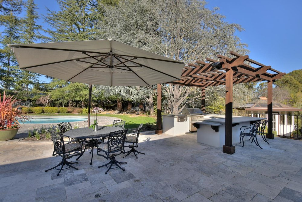 15977 Grandview Dr Monte-large-048-43-Back Patio Area and BBQ-1499x1000-72dpi.jpg