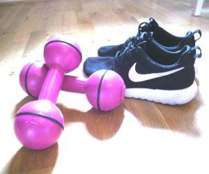exercise nike roshe run dumbell