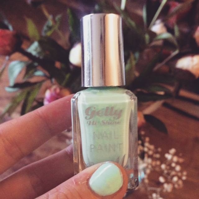 barry m nail varnish sugar apple