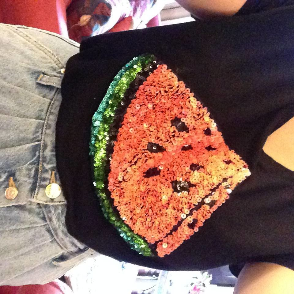 10 favourites this week h&m watermelon sequin tee
