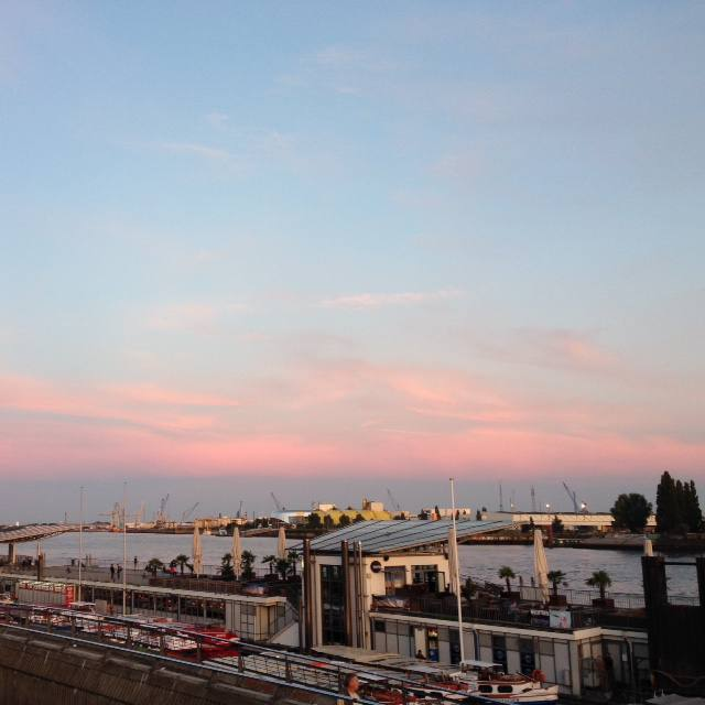 hamburg hafen city port sunset