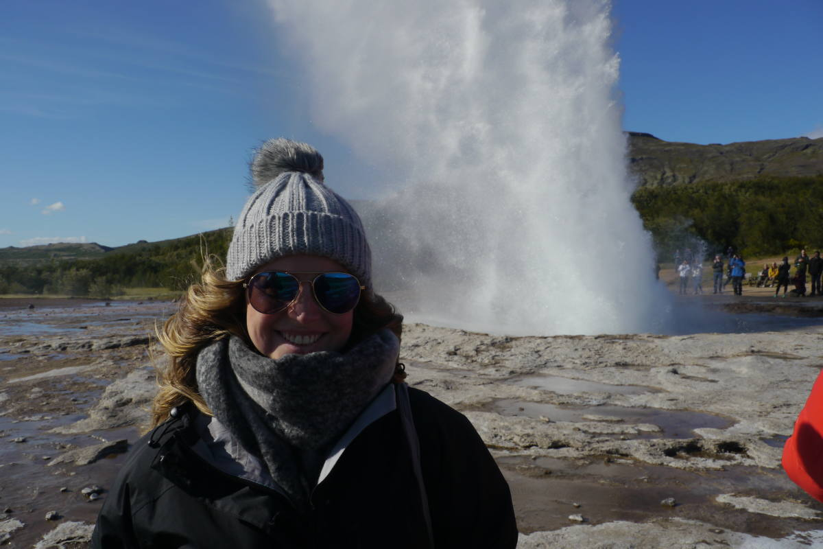 strokkur geyser golden circle tour iceland