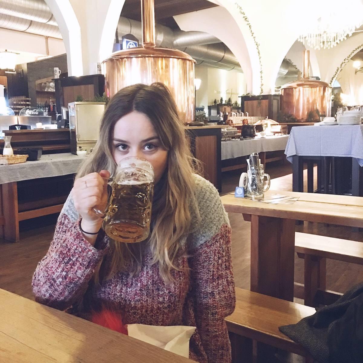 berlin food and drink guide hofbrau