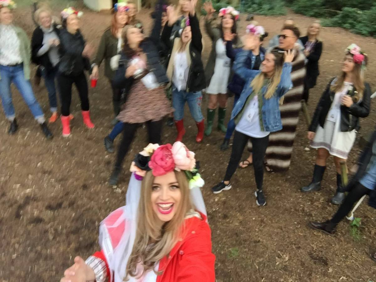 hen weekend at jollydays glamping