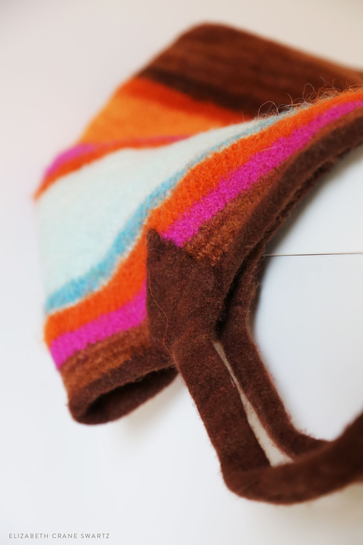 hand knit and felted tote bag / elizabethcraneswartz.com