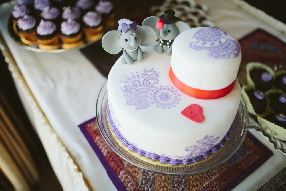 Custom Creations - Do you need a wedding cake, birthday cupcakes, or catering for a meeting? We can treat you to the best, most thoughtful custom creations around! Simply fill out your request in the form below and allow 48 hours notice.