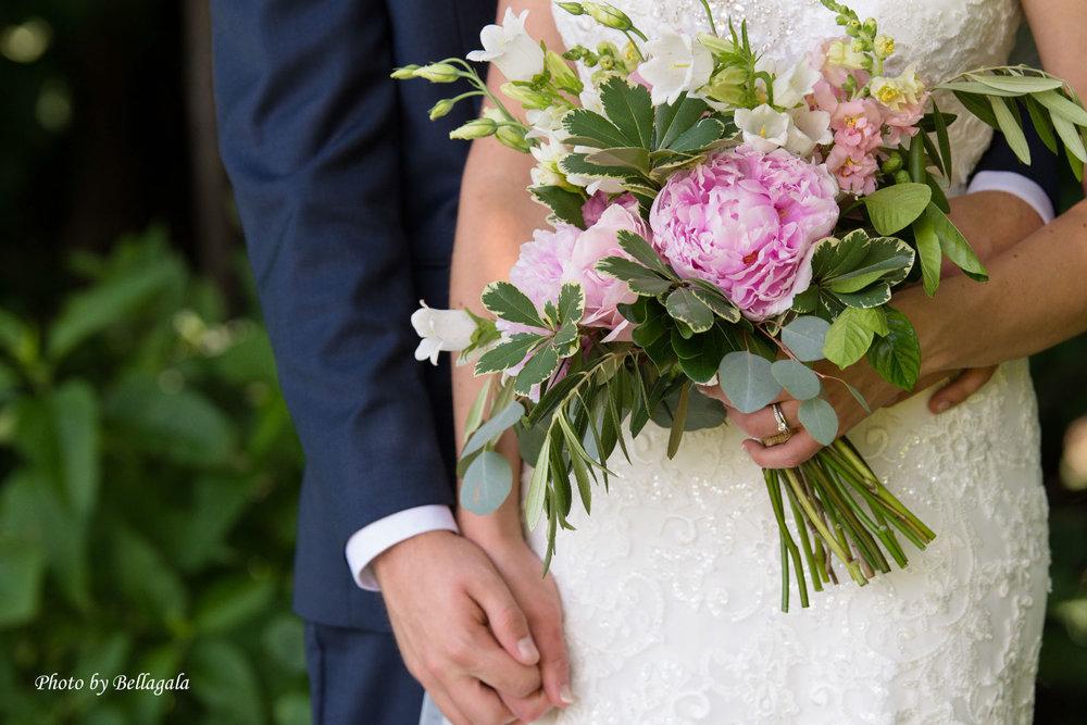 bouquet-dress-close-up-3.jpg