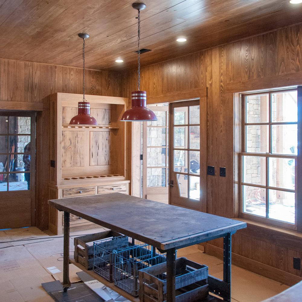 longridge_farm_lakehouse_05_lake_house_his_hunt_room_gun_rack_cabinet_wood_panel_1500.jpg